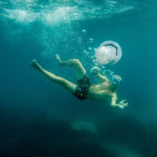 BezGranic Travel - Instagram - nurkowanie