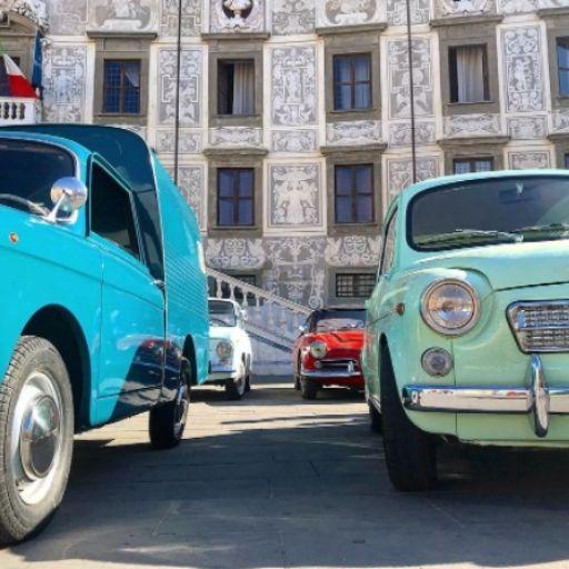 BezGranic Travel - Instagram - Włochy - FIATy 500